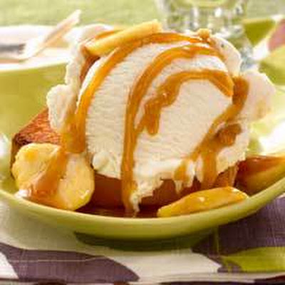 Toasted Pound Cake With Ice Cream & Bananas