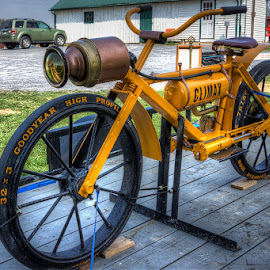 Vintage bike by Izzy Kapetanovic - Transportation Bicycles ( bike, vintage, antique, bicycle )