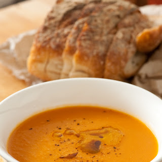 Super Simple Carrot Soup – The New Pumpkin [5 Ingredients]