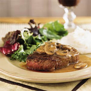 Filet Mignon with Mushroom-Wine Sauce