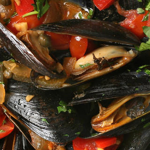 Smoked Chile Mussels