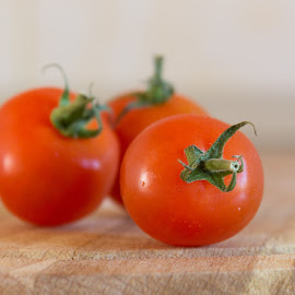 Tomato by Serban Stelica - Food & Drink Fruits & Vegetables ( tomatoes )