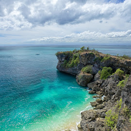 Balangan Beach, Bali by Christopher Harriot - Landscapes Beaches ( bali, sand, sky, green, balangan, cliff, sea, beach, sun )