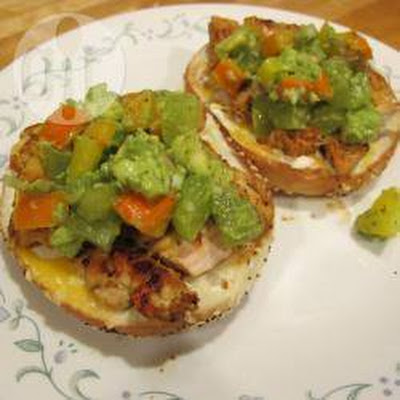 Bagels With Chicken And Avocado-grape Salsa