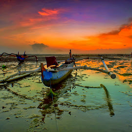 Low Tide by Bayu Adnyana - Transportation Boats ( bali, tuban, boats, sunrise, transportation, morning )