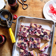 Mixed Berry Cheesecake Crumble Bars