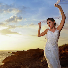 Fun Time by Amin Basyir Supatra - Wedding Bride ( love, bali, blue sky, relax, happy, sunset, white, beach, smile, bride, colorful, mood factory, vibrant, happiness, January, moods, emotions, inspiration )