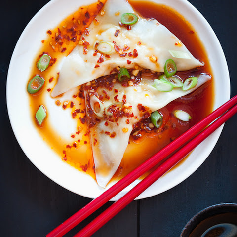 Homemade Wontons with Spicy Sauce