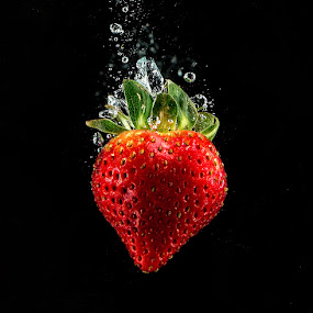 Strawberry Dive by Troy Wheatley - Food & Drink Fruits & Vegetables ( water, fruit, red, splash, strawberry,  )