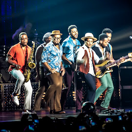 bruno mars by Allan Dharmawan - News & Events Entertainment