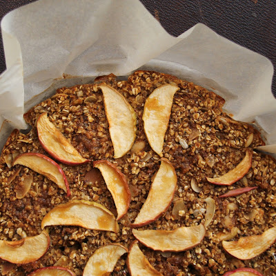 Baked Apple-Pumpkin Oatmeal Breakfast Pie (Gluten Free)