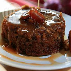 Sticky Toffee Pudding With Hot Toffee Sauce