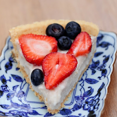 Light Summer Berry Yogurt Pie