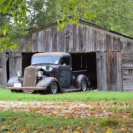 Barn Fresh by Kevin Dietze - Transportation Automobiles (  )