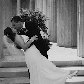 by Hannah Isenberg - Wedding Bride & Groom