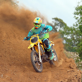Ride that berm by Mike Hughes - Sports & Fitness Motorsports ( rm 125.suzuki, offroad, causey, berm )
