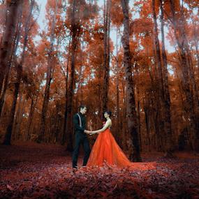 Classy Wedding by Amin Basyir Supatra - Wedding Bride & Groom