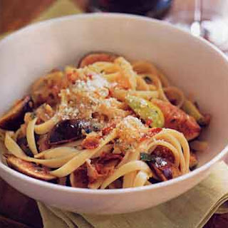 Egg Fettuccine with Figs, Rosemary, and Pancetta