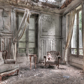 by Tim Verbeeck - Buildings & Architecture Decaying & Abandoned ( urbex, hdr, abonded, castel, france, chateau, decay,  )