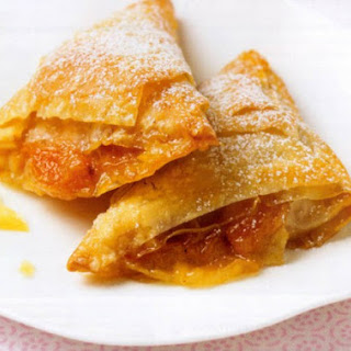 Filo Triangles with Apricot Filling