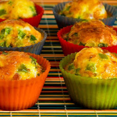 Egg Muffins with Ham, Cheese, and Green Bell Pepper