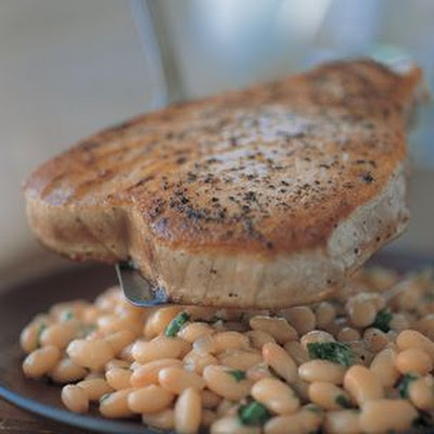 Seared Tuna with White Beans