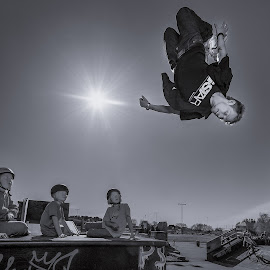 | Flip Flop | by Photo Jovan - Sports & Fitness Other Sports ( skateboard park, inline, action, spectators, roller blades,  )