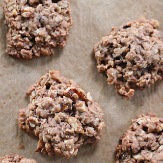 Oatmeal, Raisin And Walnut Cookies