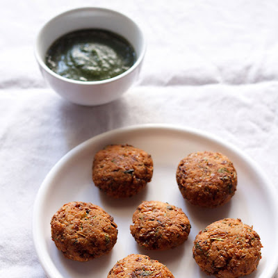 Chana Vada Or Chickpea Fritters
