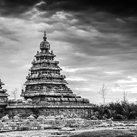 Shore temple  by Shaik Mohaideen - Buildings & Architecture Statues & Monuments ( black and white, shore temple, india, mahabalipuram, chennai,  )