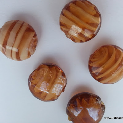 Lampwork Round Beads In Toffee Colour  x8