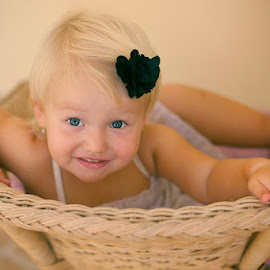 Exploring by Fotografia Eva Stachova - Babies & Children Child Portraits ( home, explore, chair, girl, fun,  )