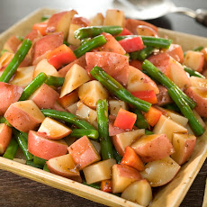 Mediterranean Potato & Green Bean Salad