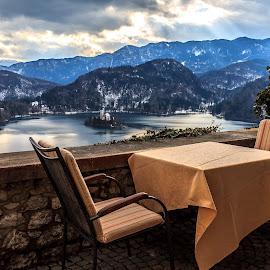 Fancy a meal? by Jakob Noč - Artistic Objects Furniture