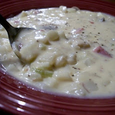 Yummy Chunky Potato Soup