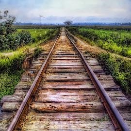 Rel Kereta by Randi Pratama M - Instagram & Mobile Android ( indonesia, railroad,  )
