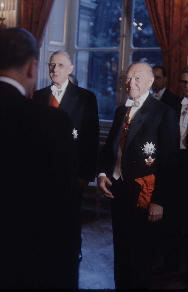 Charles de Gaulle und Konrad Adenauer.
