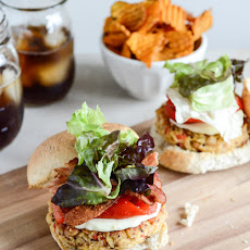 Roasted Red Pepper Quinoa Burgers