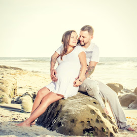 Love at first sight by Lance Emerson - People Maternity ( san diego, maternity, sunset, ocean, couple, beach )