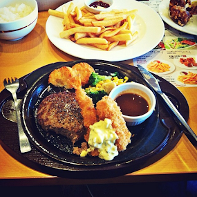 Itadakimasu~~ 🍝🍟🙏 by Gilang Pepe - Instagram & Mobile iPhone