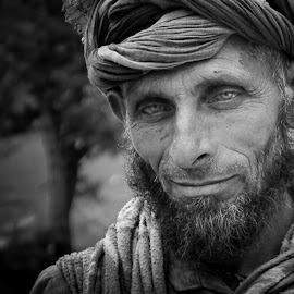 by Ritwik Tanwar - People Portraits of Men