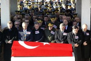 erdogan_akp_asker_chp_devlet_cenaze