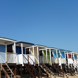 Beach houses Southend  by Colette Edwards - Buildings & Architecture Homes