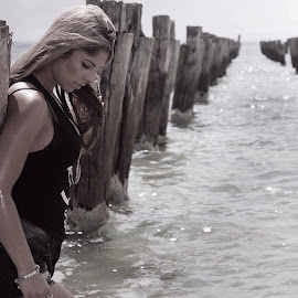 Chantelle  by Terrence Credlin - People Portraits of Women ( model, cliftonsprings, chantelle, photoshoot, beach )