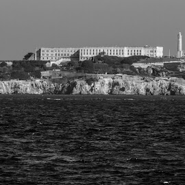 by William Stansbury - Buildings & Architecture Other Exteriors ( prison, bay, california, black & white, alcatraz, san francisco,  )