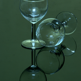 by Aroon  Kalandy - Artistic Objects Glass