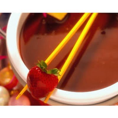 Fudgy Milk Chocolate Fondue