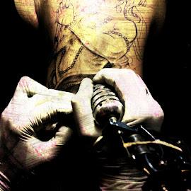 Getting Inked by Akhil Munjal - People Body Art/Tattoos ( tattoo machine, inked, tattoo )