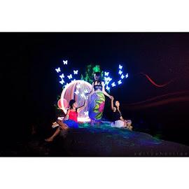 light painting by Aditya Herlian - Digital Art People