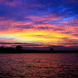 9.30.2014 Sunrise by Steve O'Donnell - Landscapes Sunsets & Sunrises ( omaha, water, clouds, sky, tree, nature, horizon, lake, sunrise, nebraska )